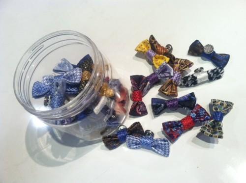 Dion bowtie pins