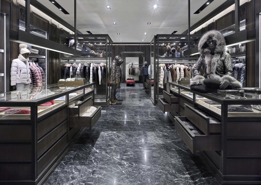 MONCLER OPENS IN SOUTH COAST PLAZA